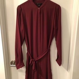 BR Factory Tie Waist Dress